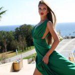 Шовковий сарафан – правила створення модного образу для жаркого сезону